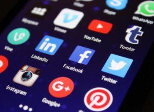 Web marketing: les réseaux sociaux